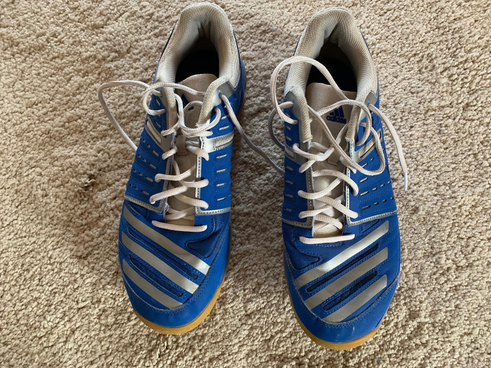 Adidas hallsko fritidssko str 46 selges rimelig | FINN.no