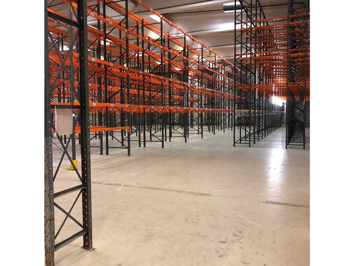 Høytlager ca 8,5 meter med 2200 palleplasser