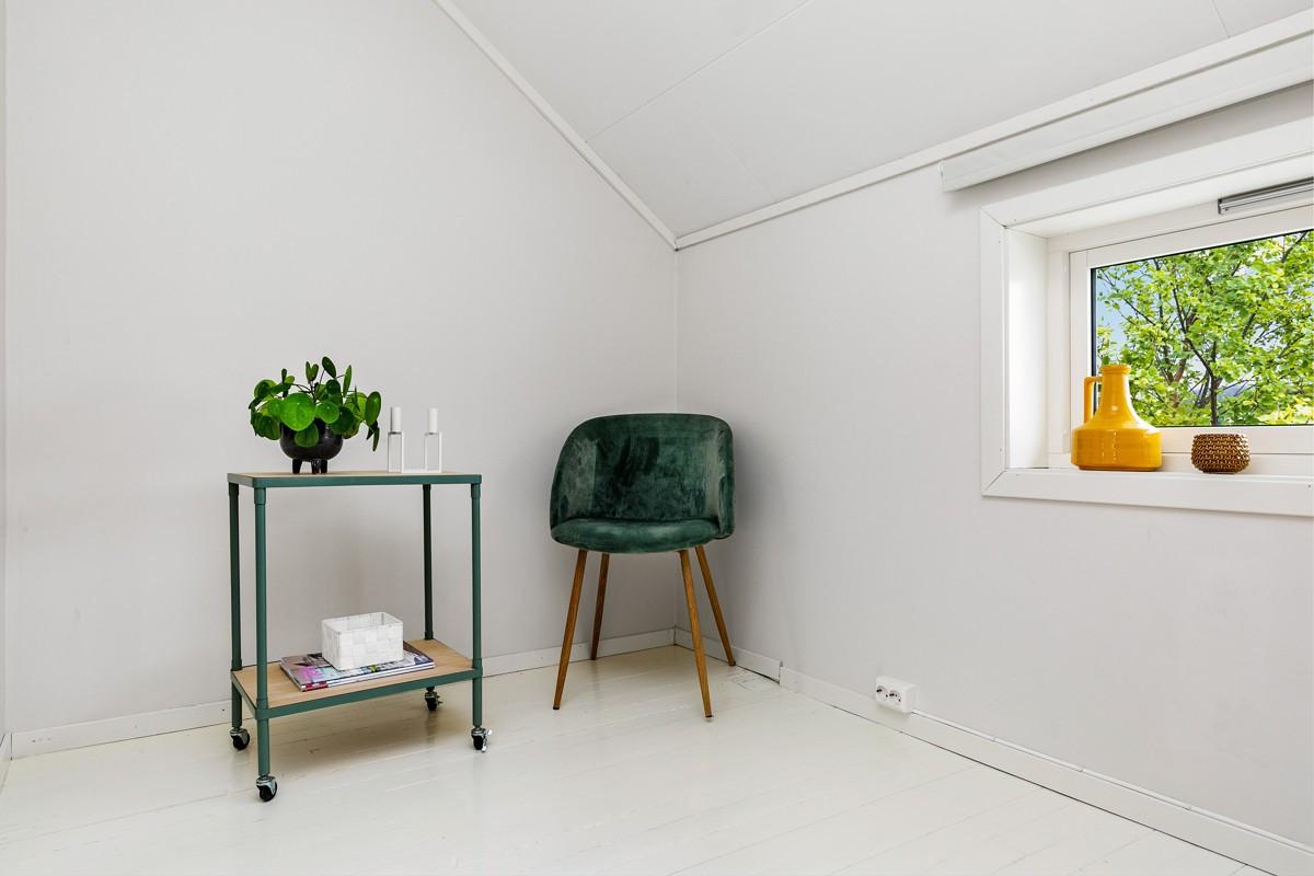 God plass på soverom til garderobeskap eller kommode