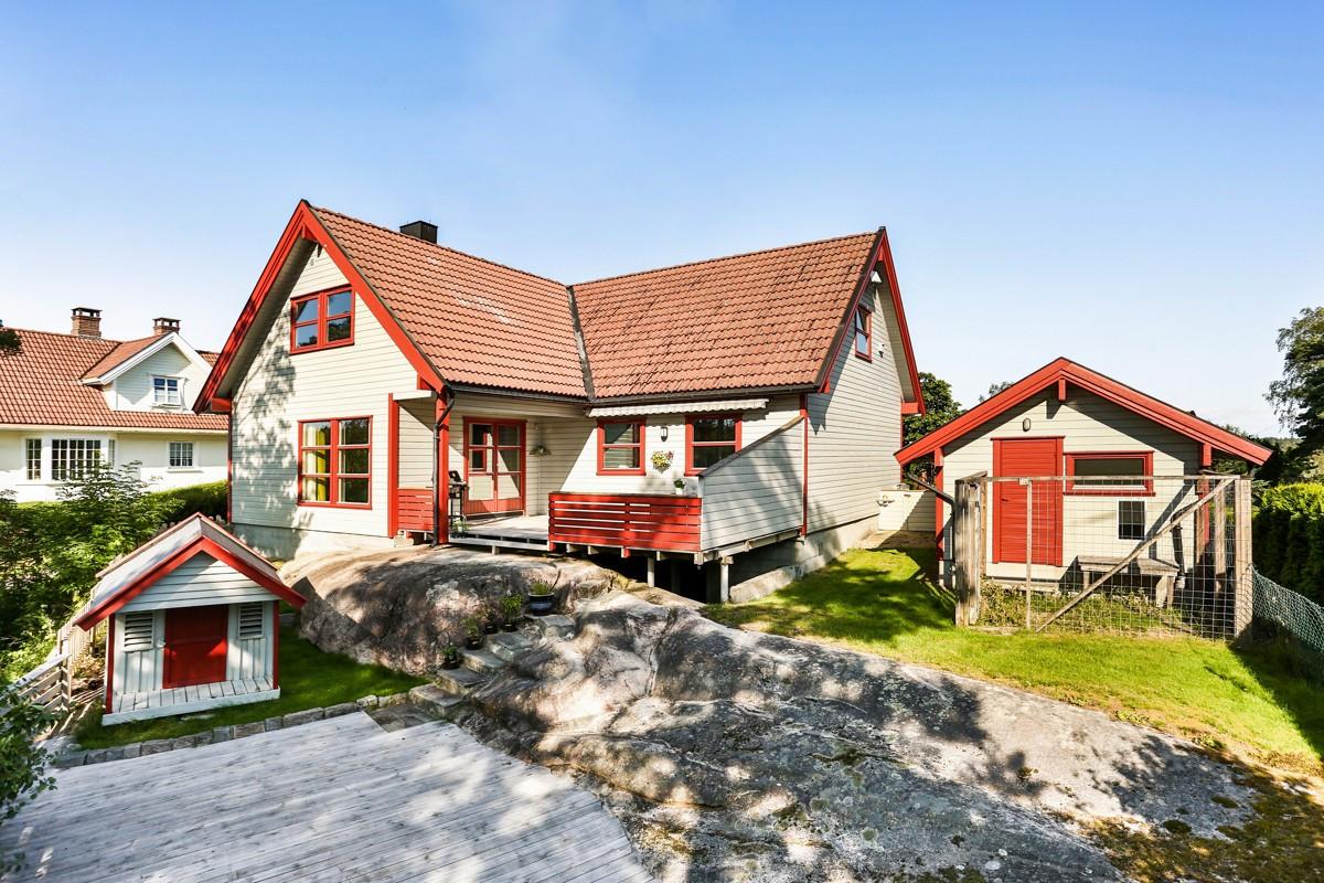 Enebolig - sellebakk - 3 950 000,- - Møller & Partners