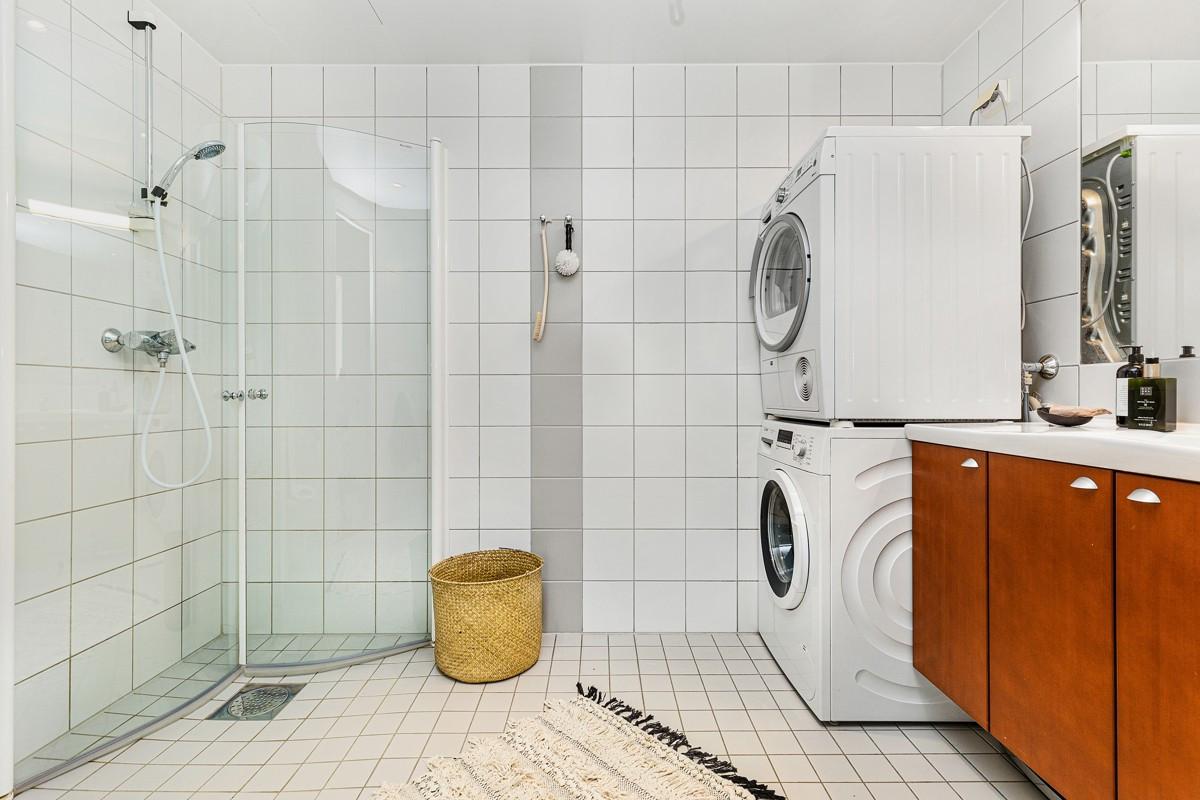 Flislagt baderom med gulvvarme