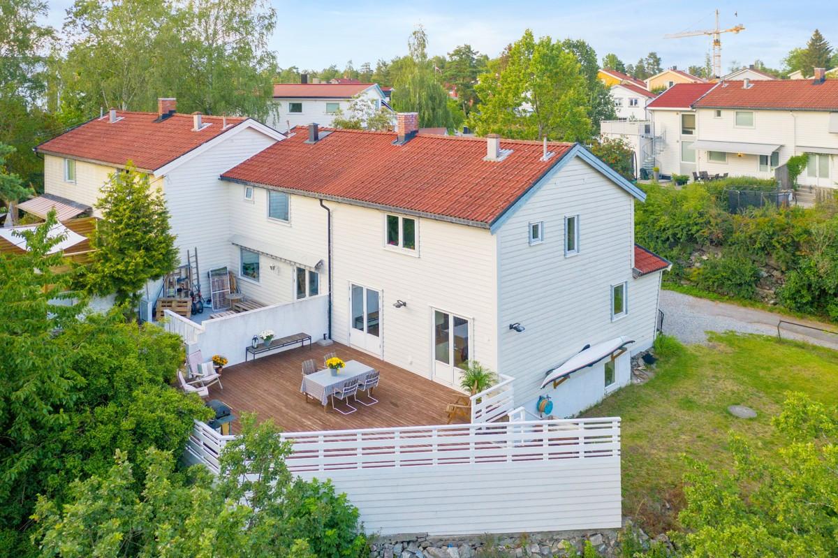 Rekkehus - nesoddtangen - 4 950 000,- - Sydvendt & Partners