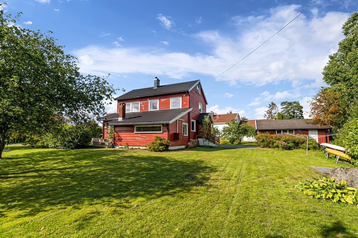 Tomannsbolig - vestskogen - 4 590 000,- - Bakke Sørvik & Partners