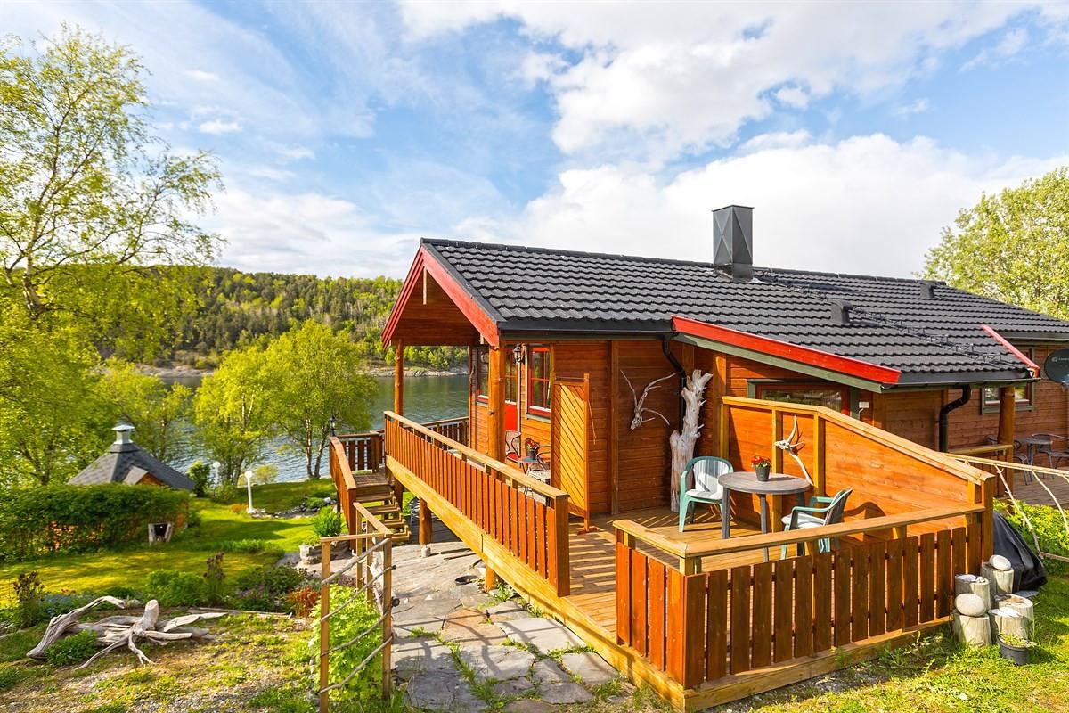 Velkommen til Laukengveien 26! En meget flott beliggende eiendom i Saltstraumen