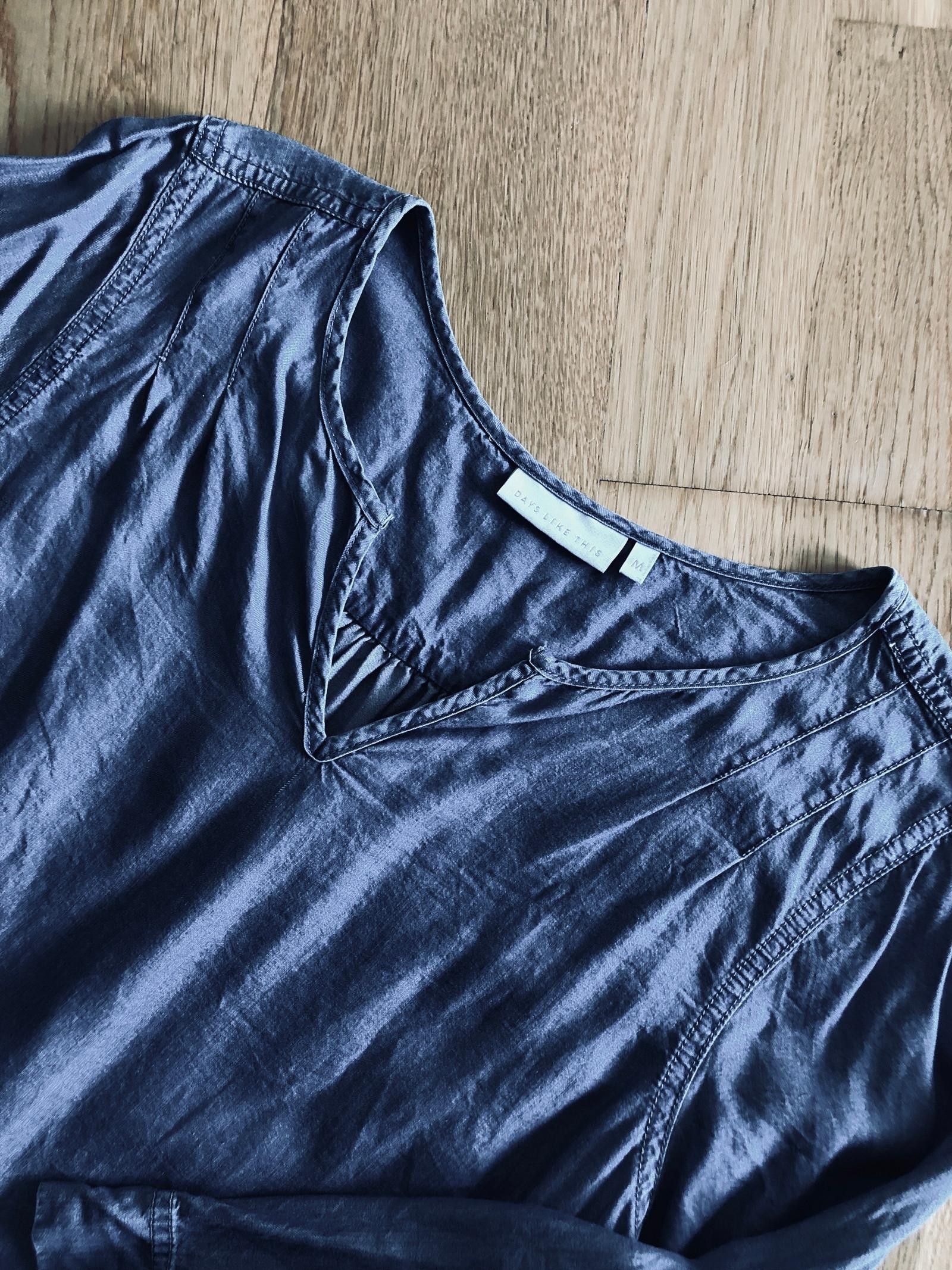 Bluse fra Days Like This str M | FINN.no