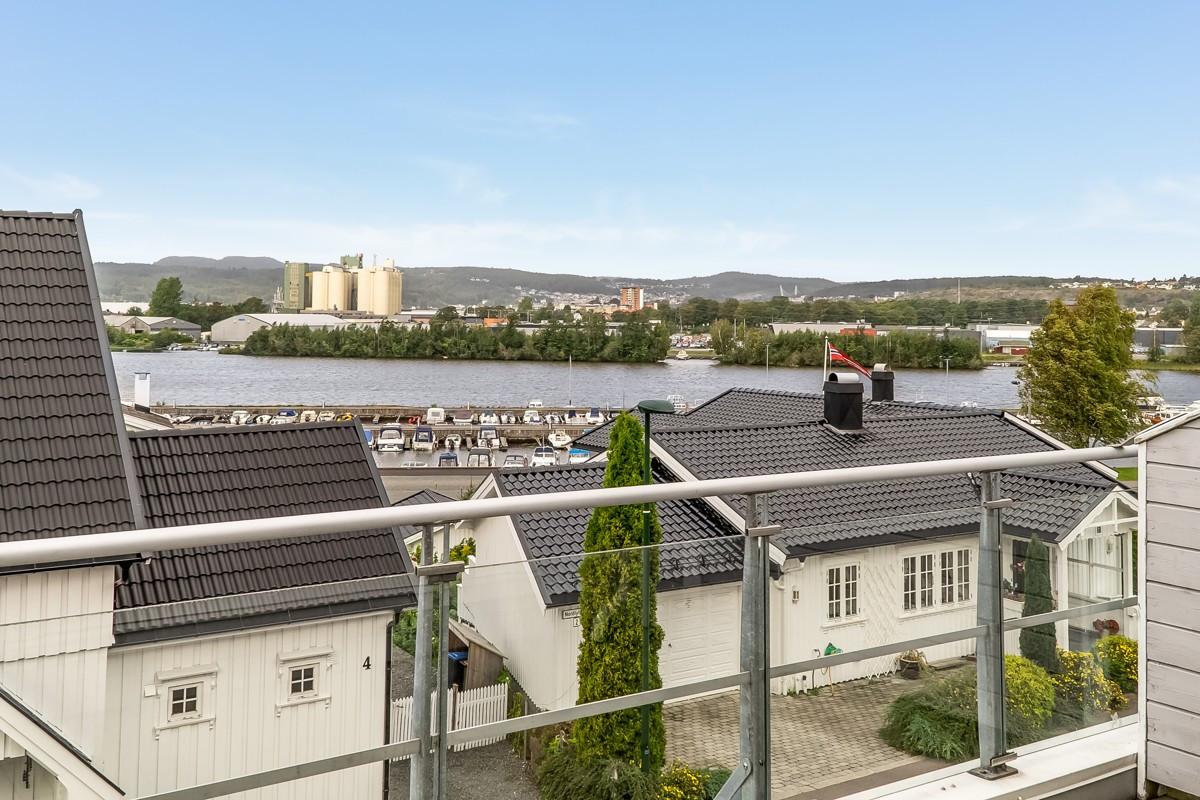 Leilighet - larvik - 3 750 000,- - Leinæs & Partners