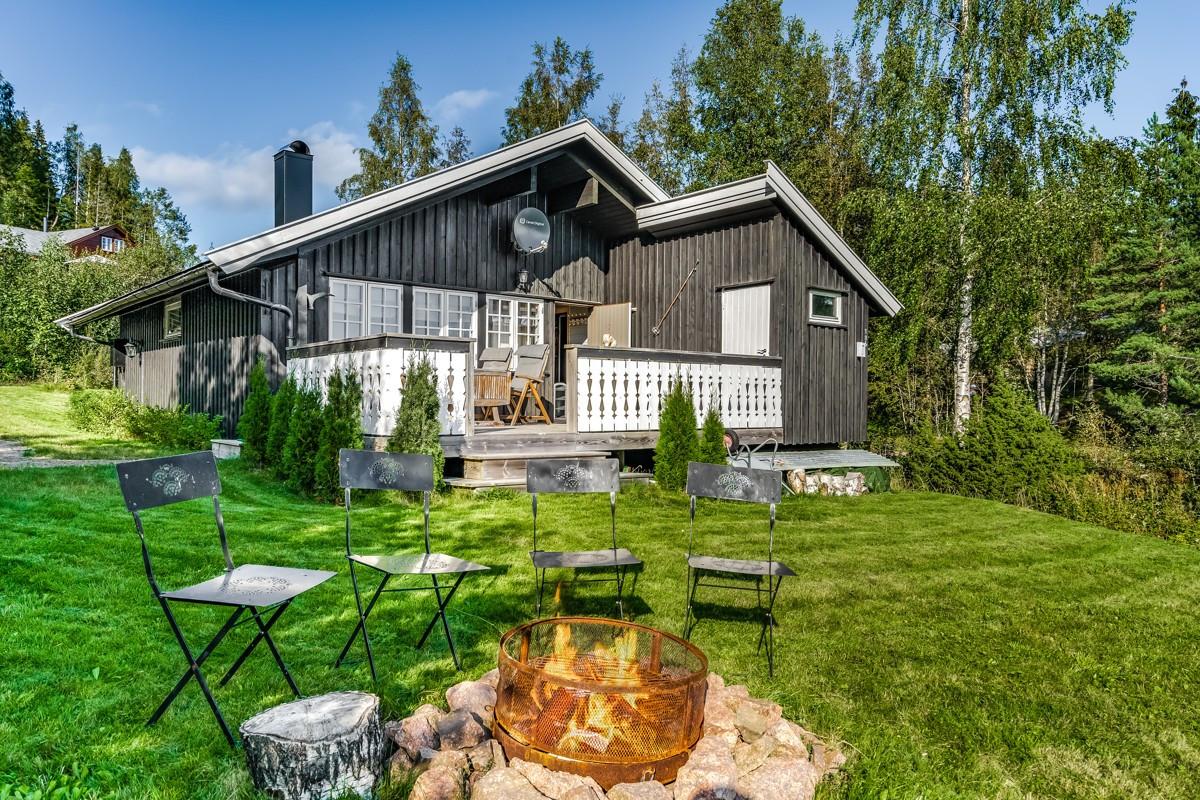 Hytte - svarstad - 1 390 000,- - Leinæs & Partners