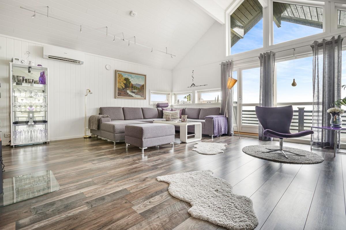 Stor og innholdsrik hytte i Målselv Fjellandsby