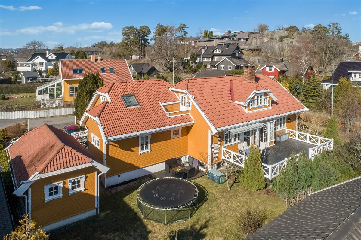 Enebolig - stavern - 5 950 000,- - Leinæs & Partners