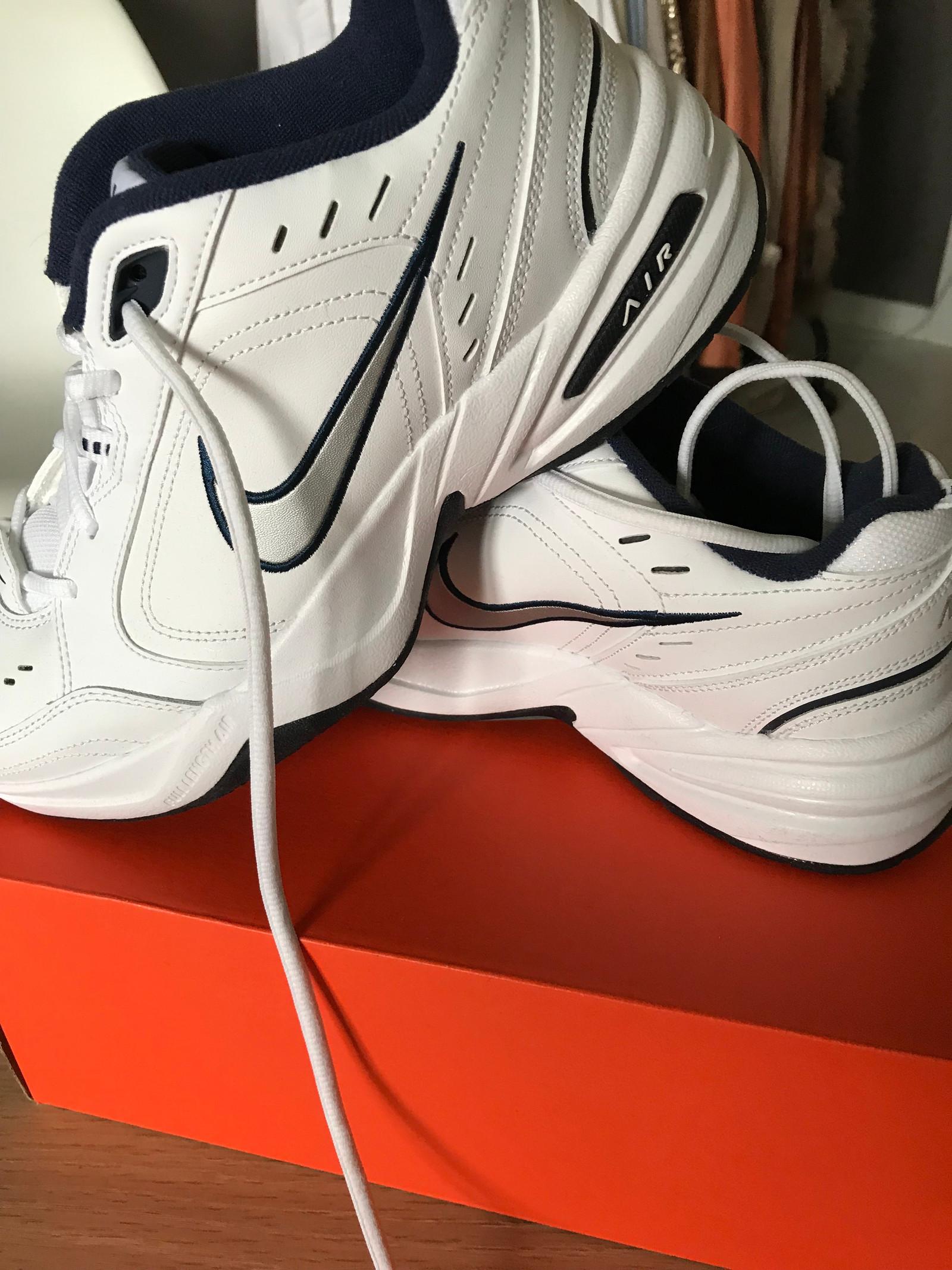 Nike air monarch trening og fritidsko | FINN.no