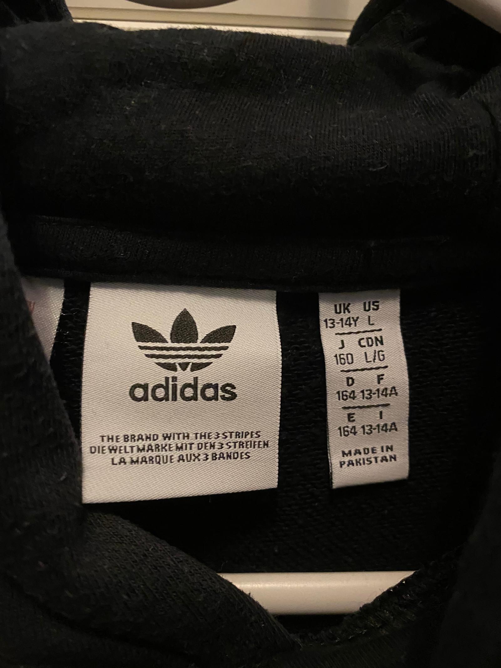 Adidas genser   FINN.no