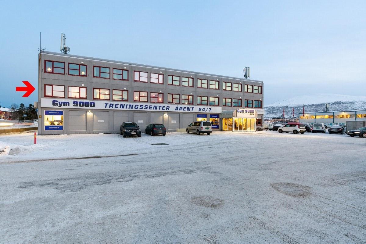 Bygget har treningssenter i underetasje