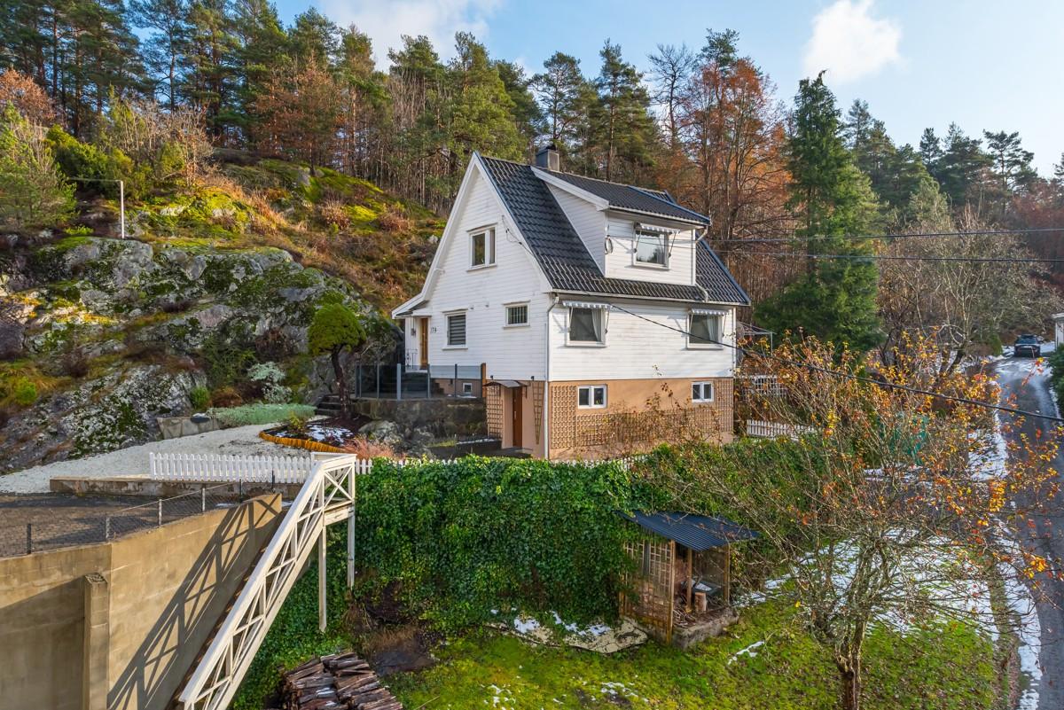 Enebolig - his - 1 990 000,- - Meglerhuset & Partners