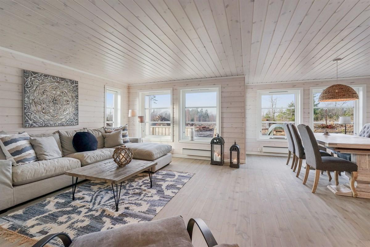 Hytte - stavern - 3 750 000,- - Leinæs & Partners