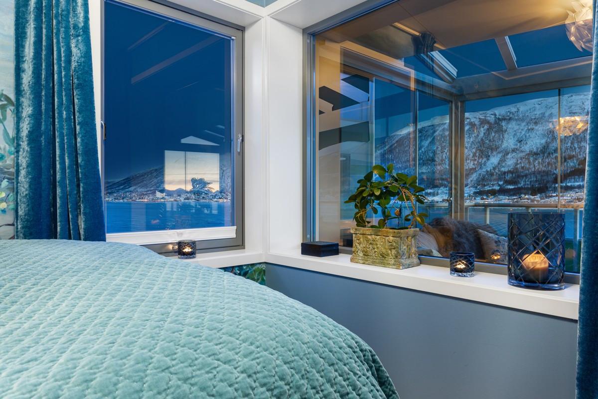 Selv fra soverommet kan det flotte utsikten nytes