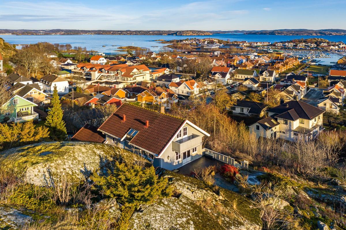 Enebolig - stavern - 6 950 000,- - Leinæs & Partners