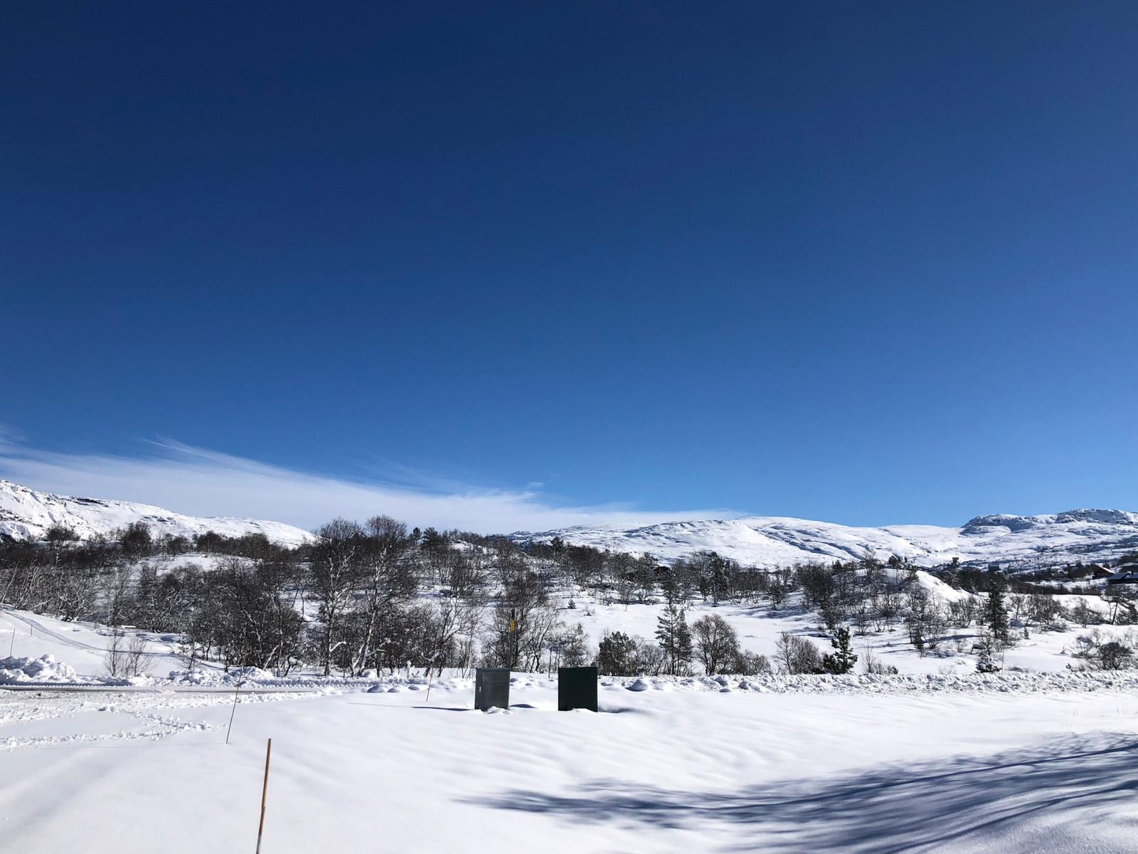 """Bilder fra Hattevarden Knaben, mot """"Gruvebyen"""" og fjellene rundt Knaben. Virkelig en perle på høyfjellet."""
