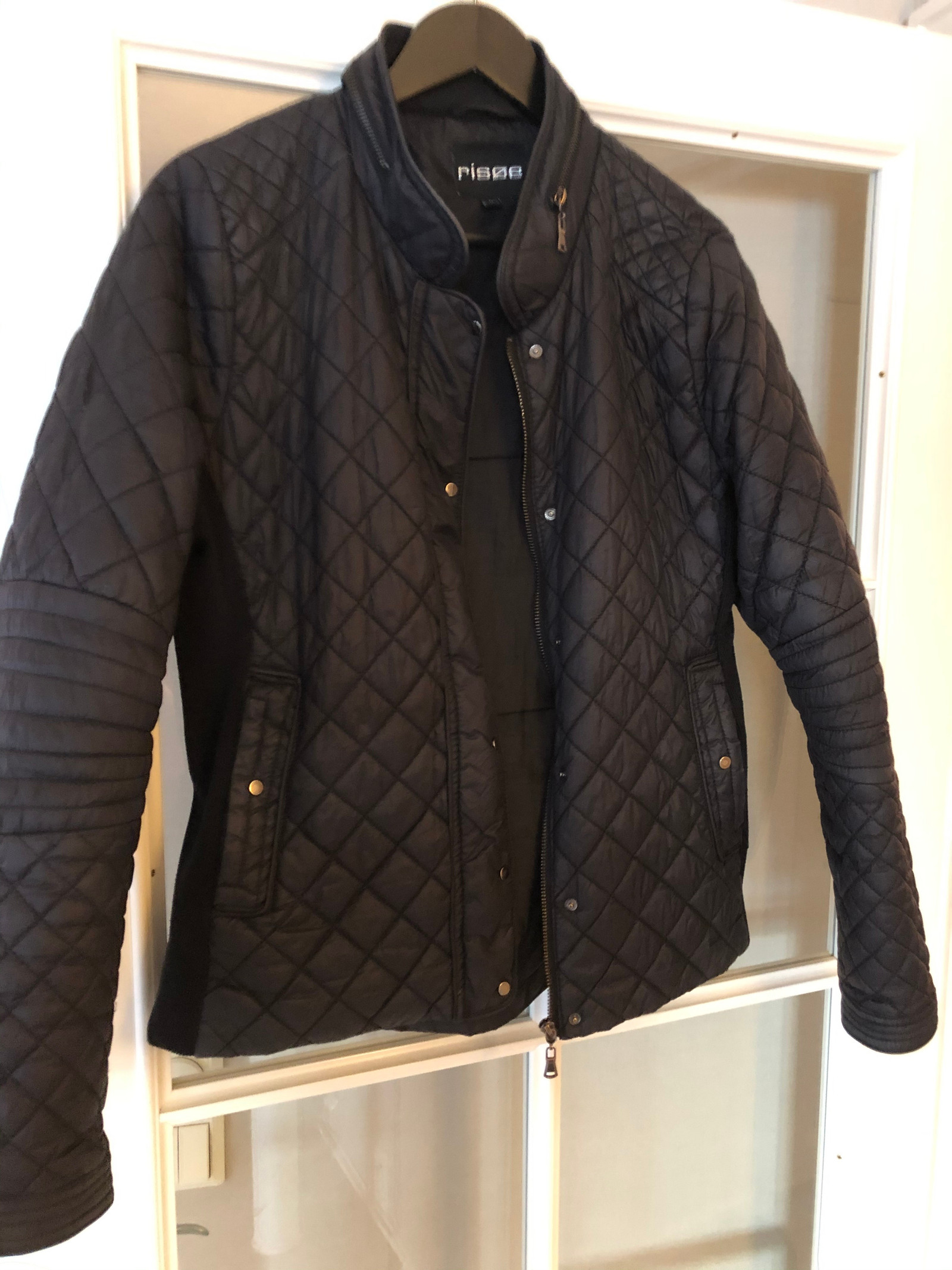 Ubrukt jakke fra Peder Risøe selges | FINN.no