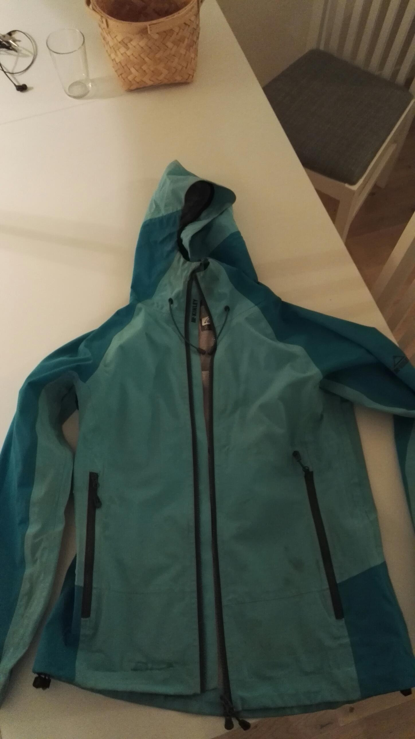 Kilmanock Softshell jakke, dame | FINN.no