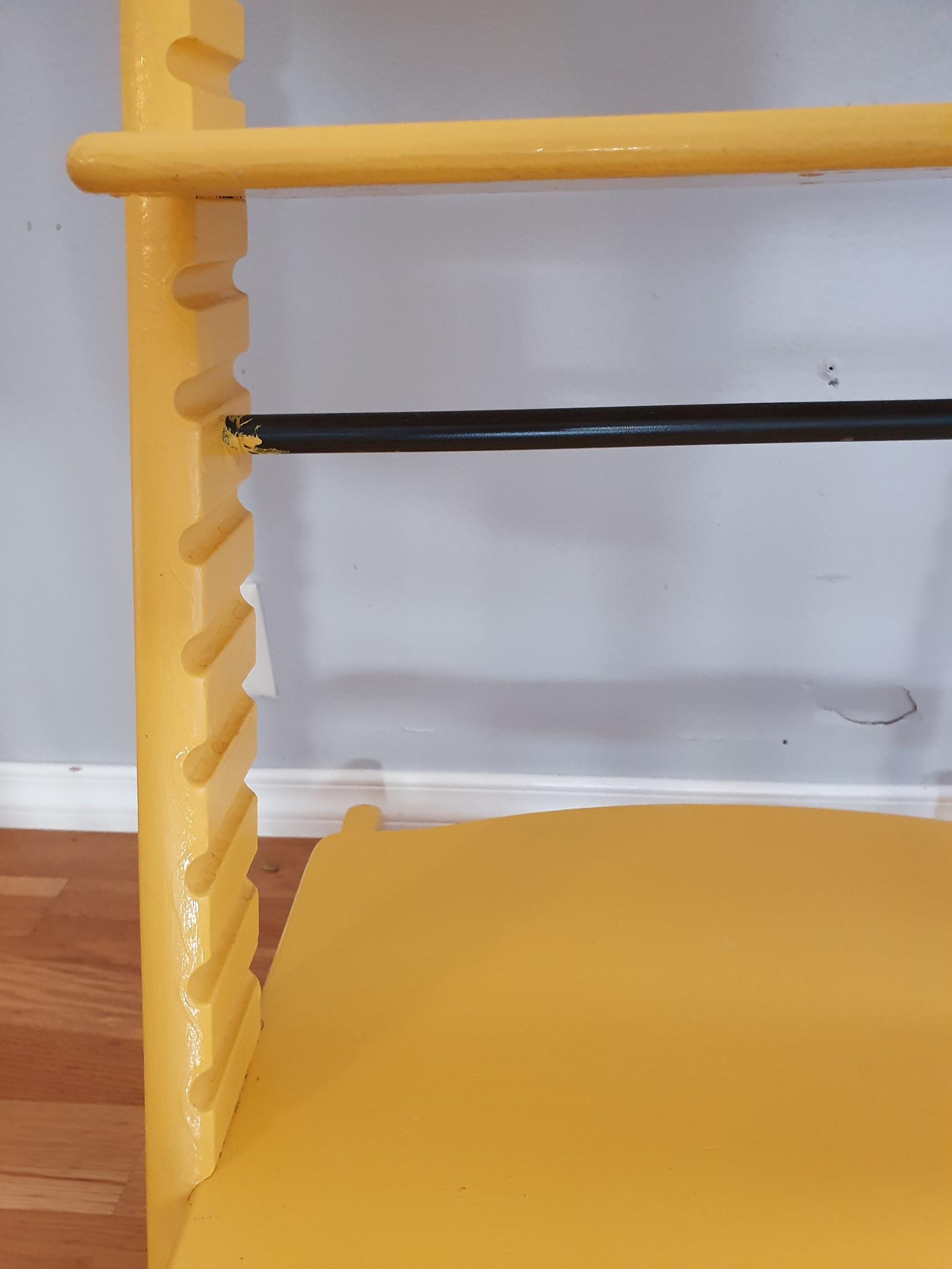 Stokke tripp trapp stol malt i gul (reservert ut 13.10