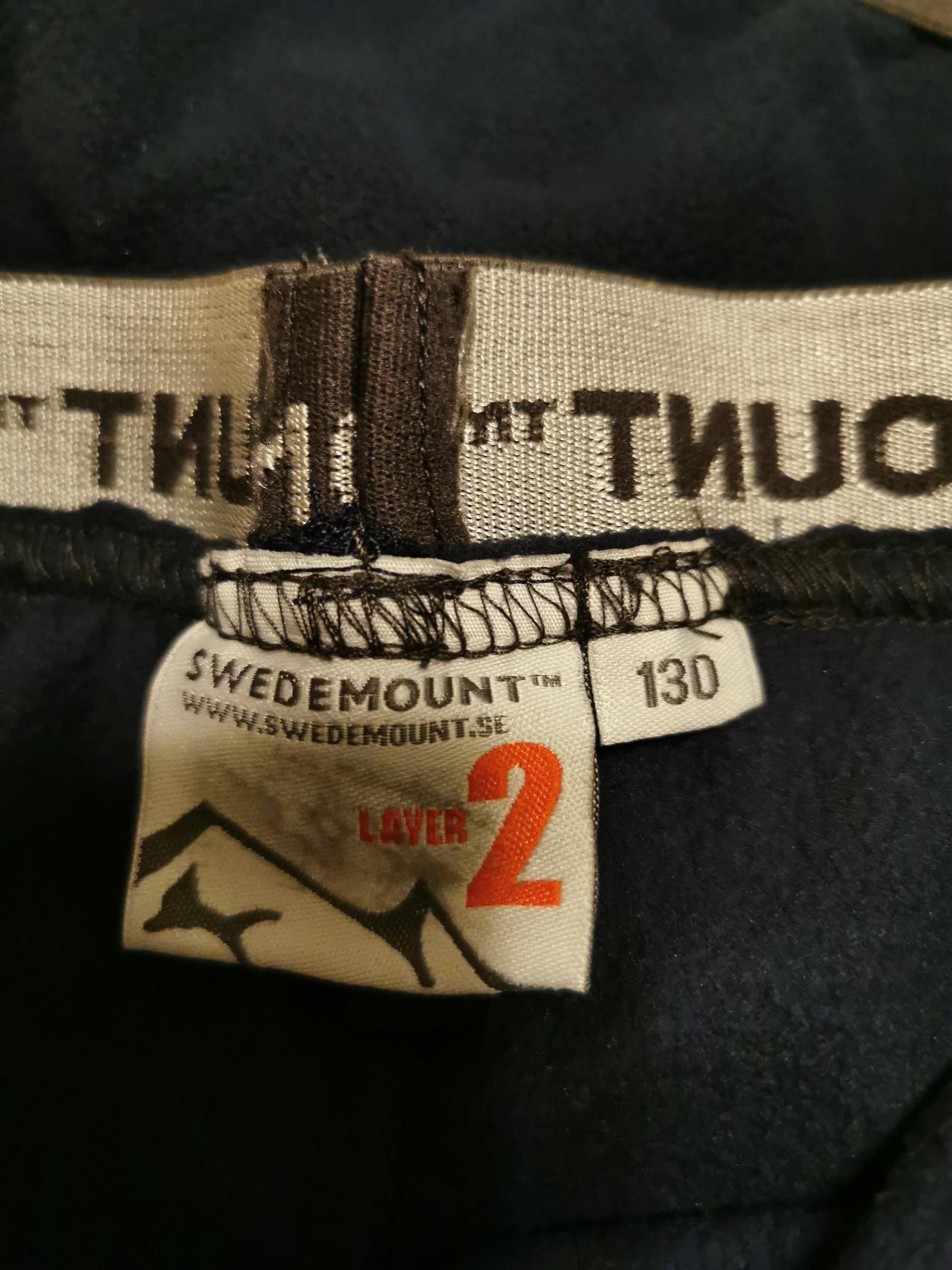 2 stk Swedemount fleece bukser str 130   FINN.no
