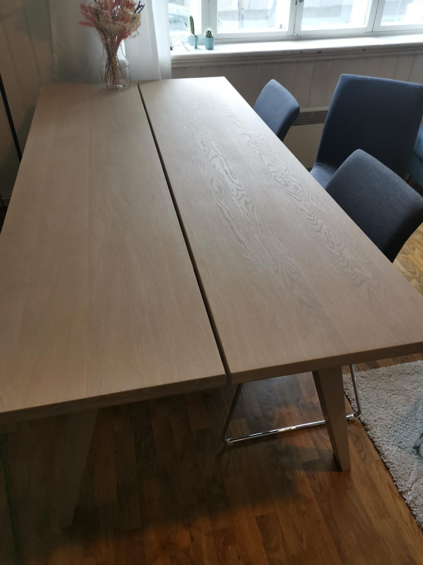 A Line plank spisebord. Uten stoler | FINN.no