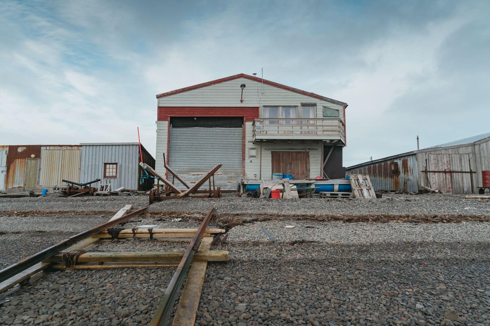 Hjem-Eiendomsmegling-Longyearbyen-Kullkaia-båthus-17.jpg