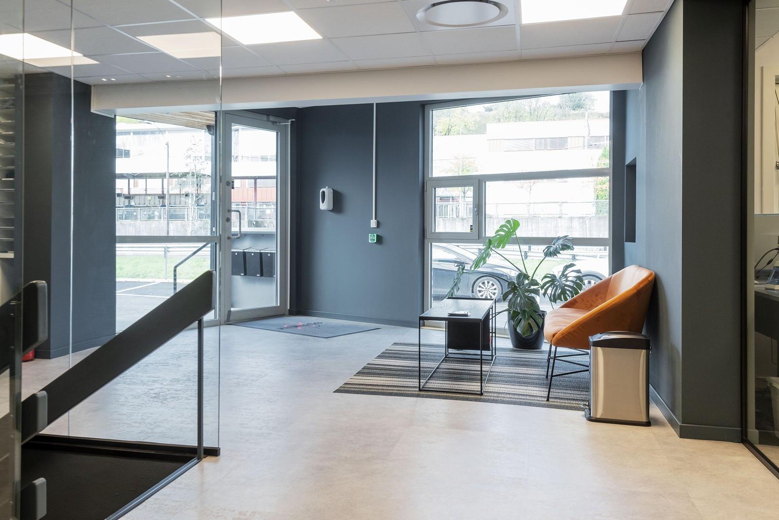 Representative kontorlokaler sentralt på Kjeller