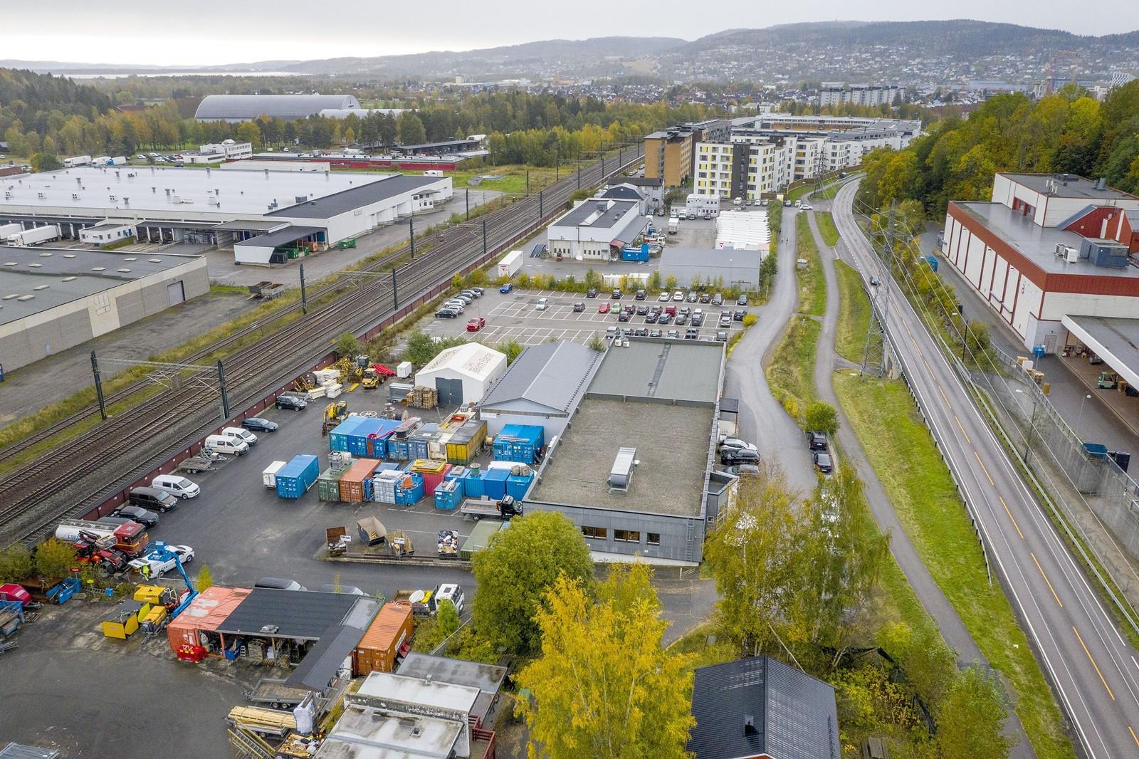 Sentralt beliggende på Kjeller med flere etablerte bedrifter i umiddelbar nærhet