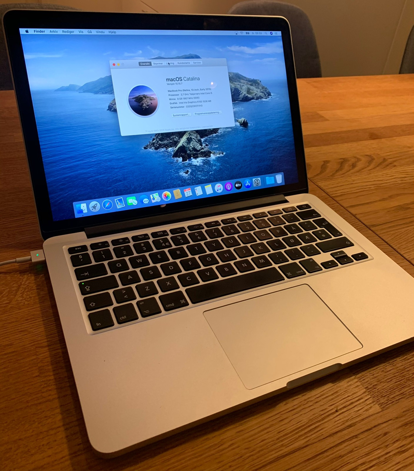 MacBook Pro 15 inch mid 2014 inkl. Tracpad 2 og lader