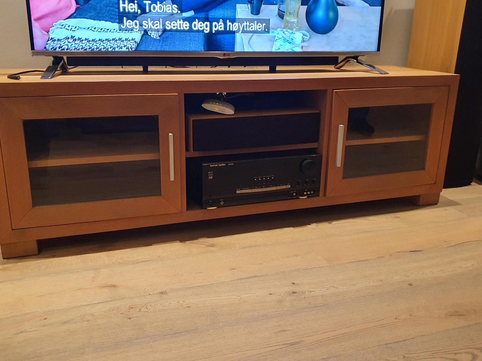 NAPOLI TV benk fra Skeidar selges ! | FINN.no