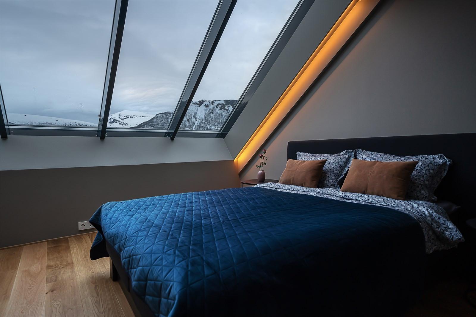 Her kan du nyte nordlyset fra din egen seng!