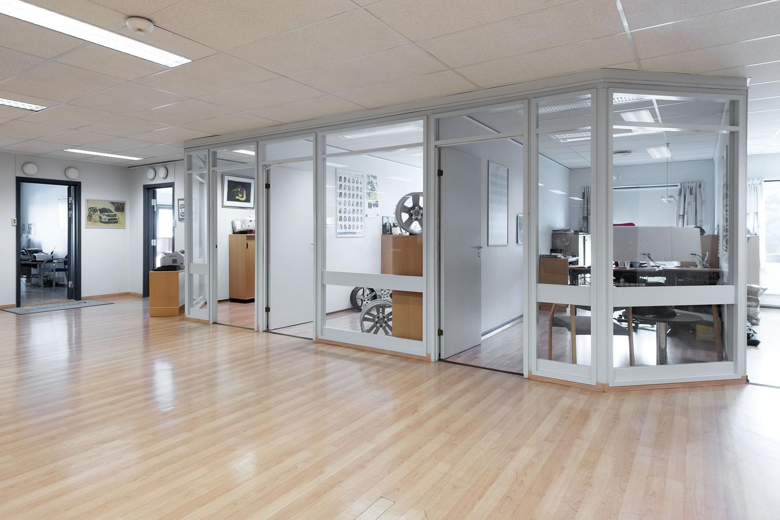 Lyse og velholdte kontorlokaler