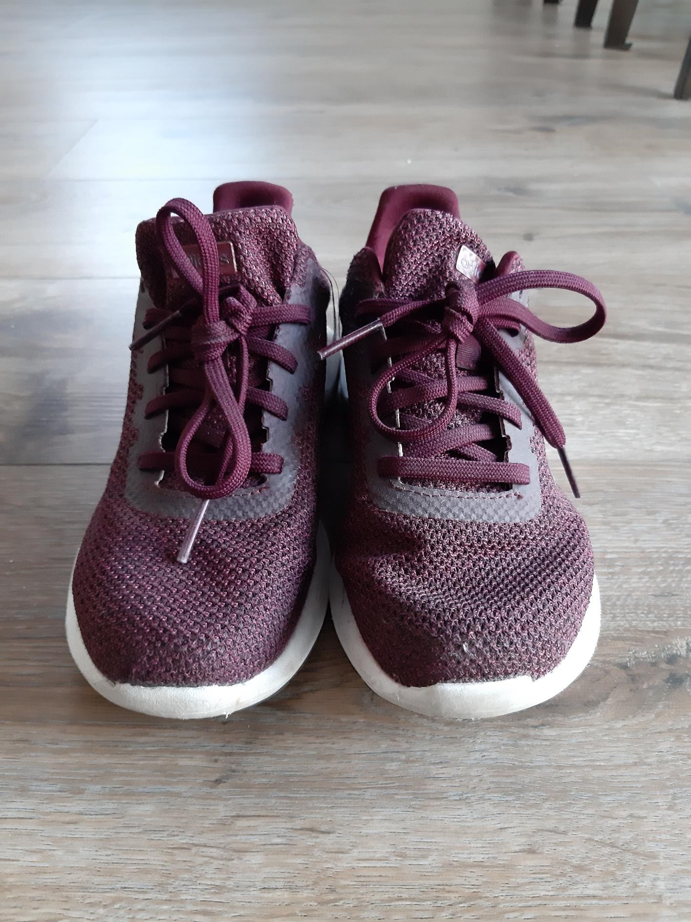 Pent brukte Adidas sko, str 37 13 | FINN.no