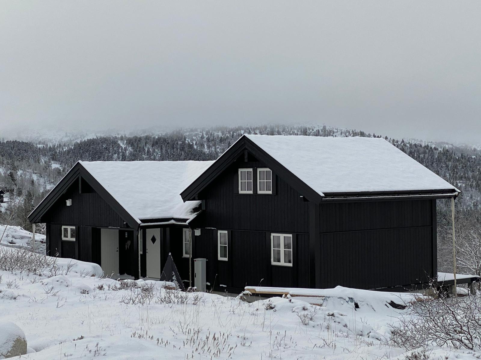 Bilde av en Beitostølen modell M - med kundetilpasninger. Spør oss gjerne om disse, eller en visning av oppført hytte.