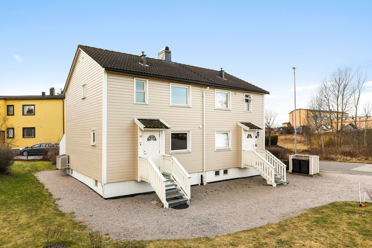 Rekkehus - sarpsborg - 1 790 000,- - Grimsøen & Partners