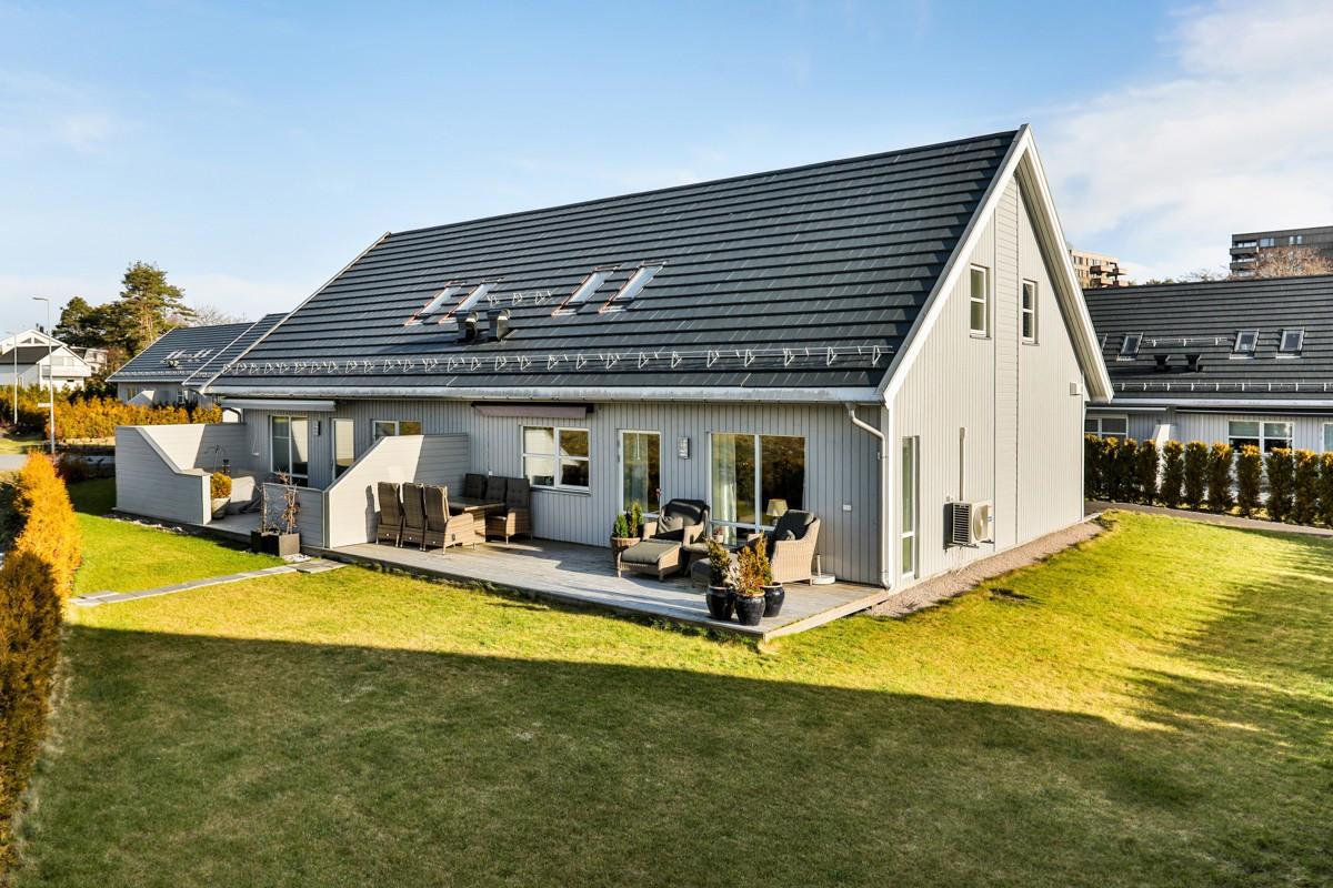Tomannsbolig - gamle fredrikstad - 4 100 000,- - Møller & Partners
