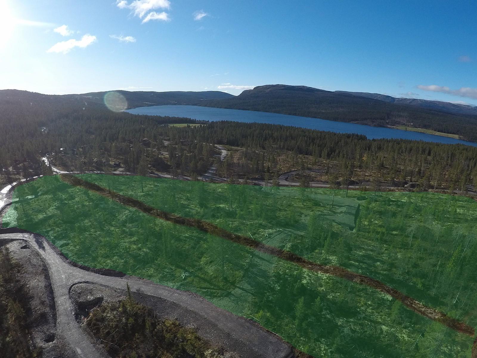 Hyttefeltet ligger fantastisk til med panorama utsikt mot Gålå vannet