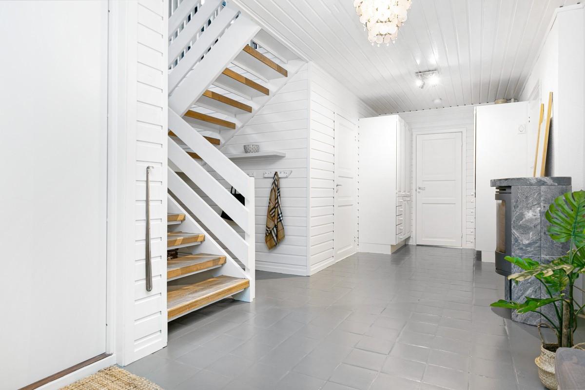 Trappegang til 0. etasje