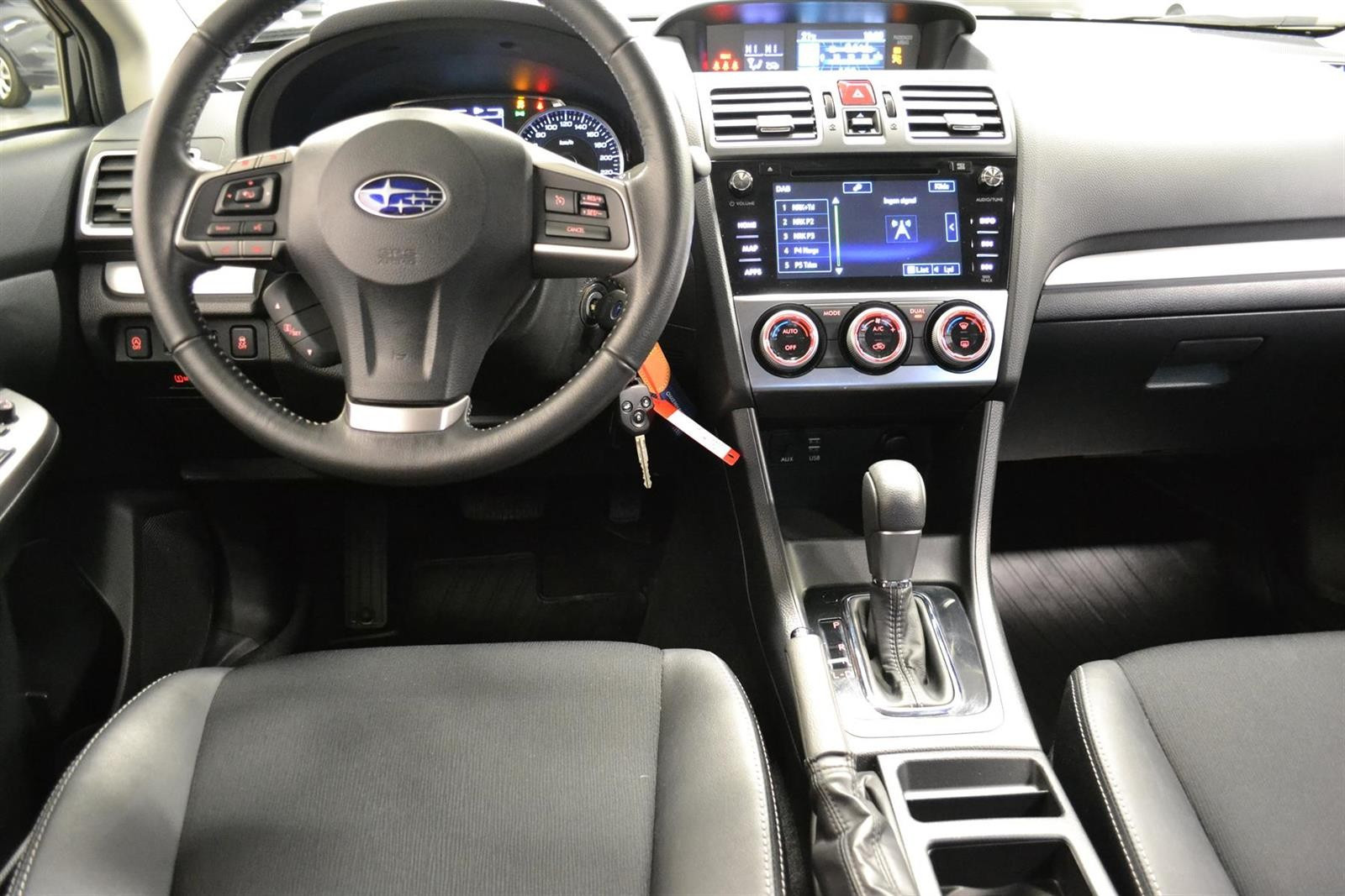 Subaru Impreza Slide 10