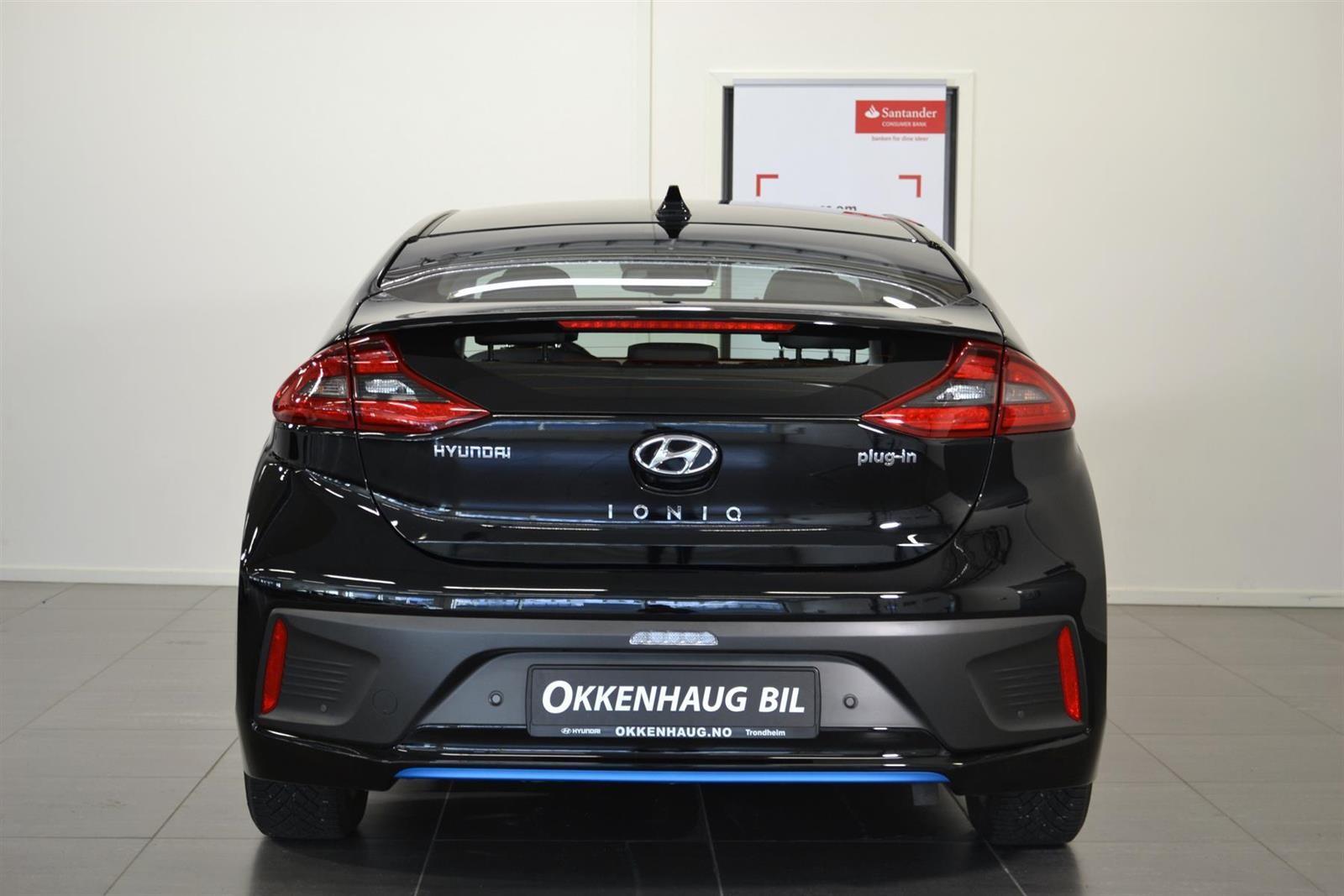 Hyundai Ioniq Slide 4