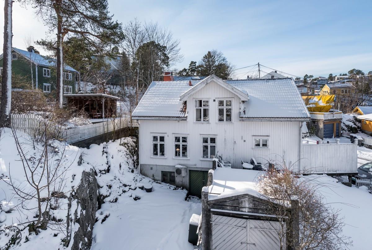 Tomannsbolig - arendal - 990 000,- - Meglerhuset & Partners