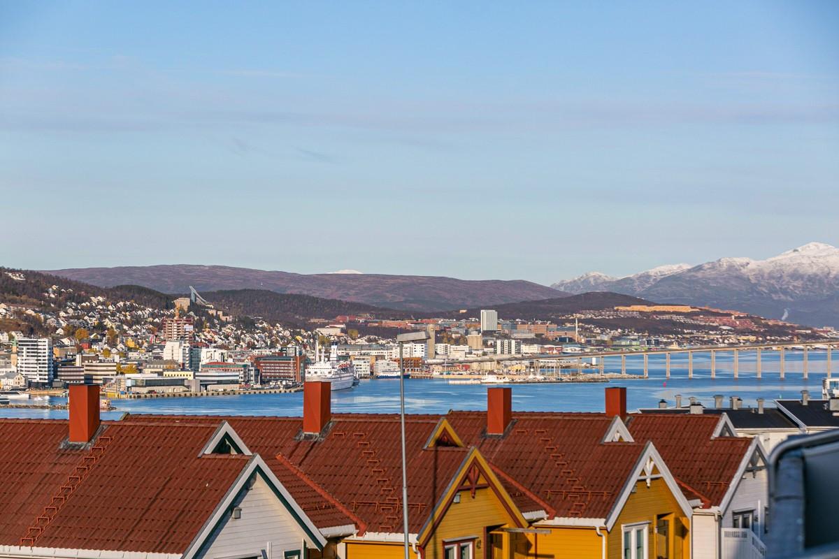 Utsikt nordover mot Tromsøbrua