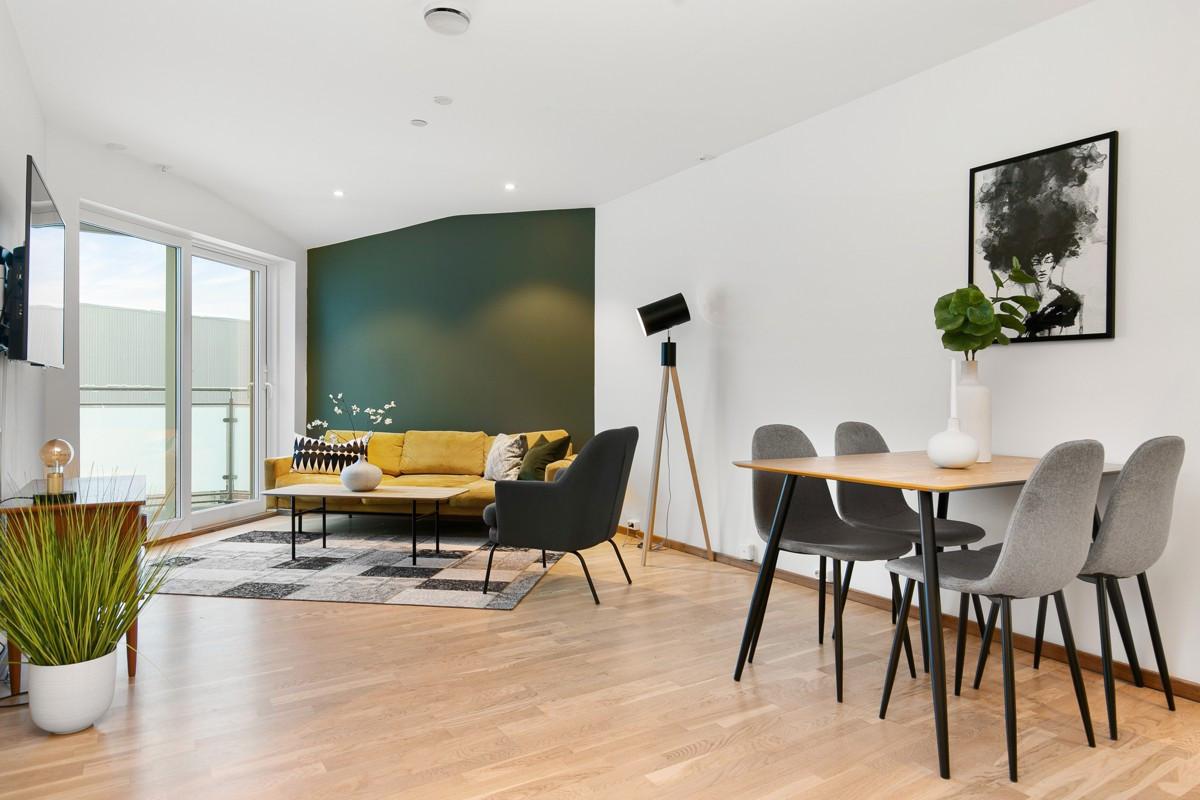 Eksklusiv leilighet i 2. etasje med gjennomgående høy standard