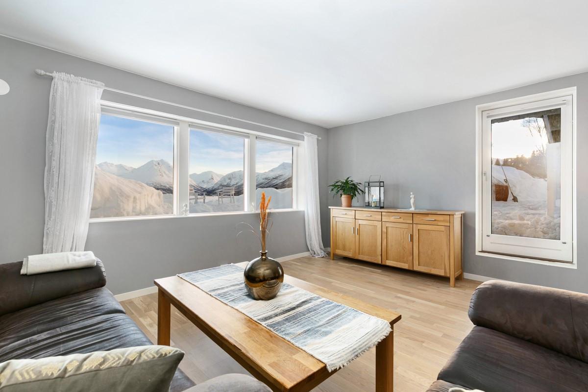 Praktisk leilighet i Ramfjordbotn med hele 3 soverom!