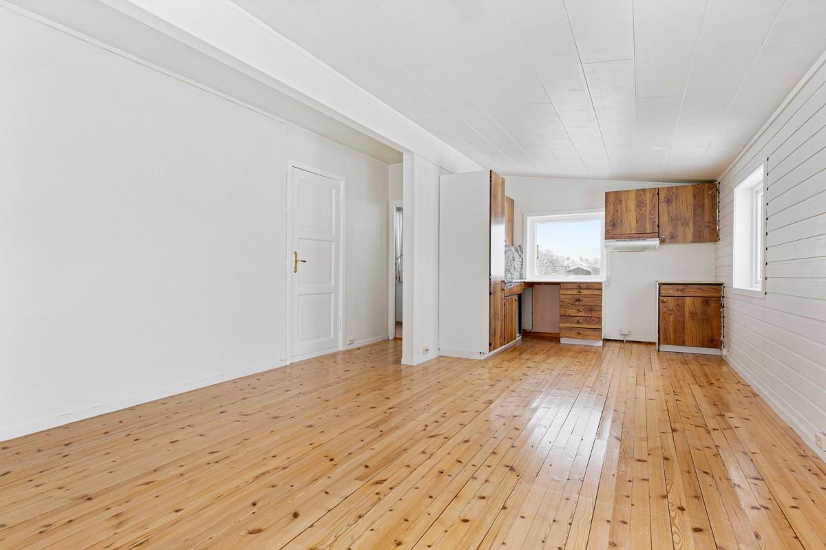 Stue-/kjøkkenløsning i 2. etasje