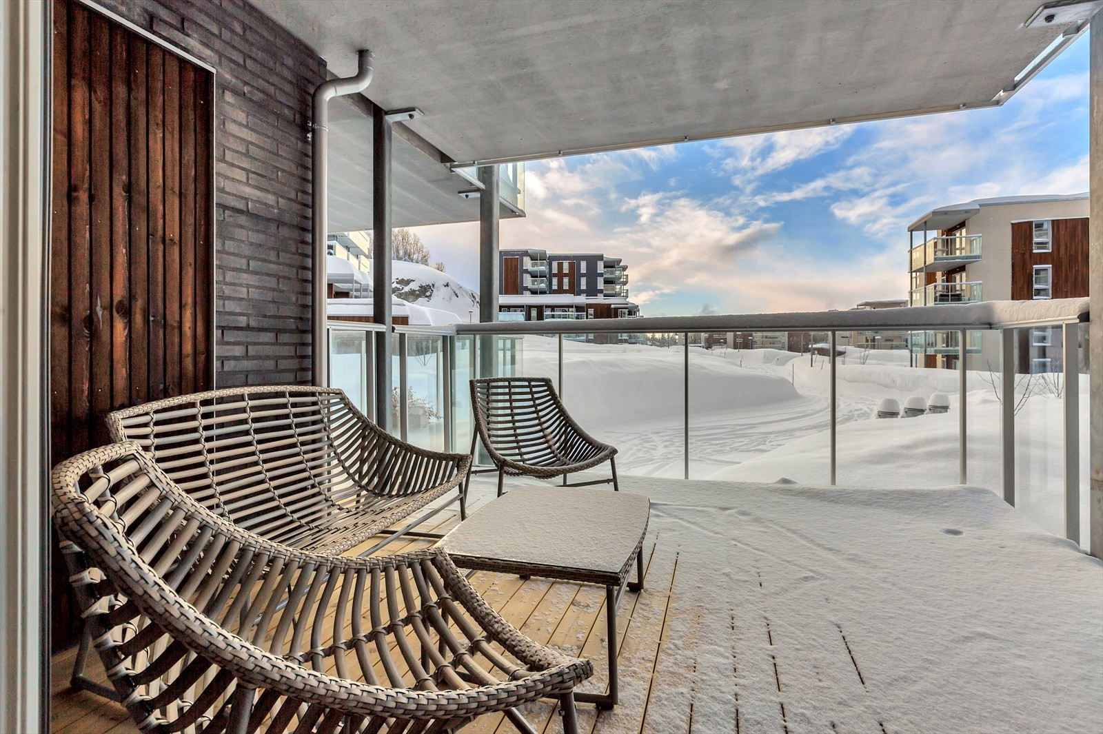 Sørvendt, overbygget terrasse