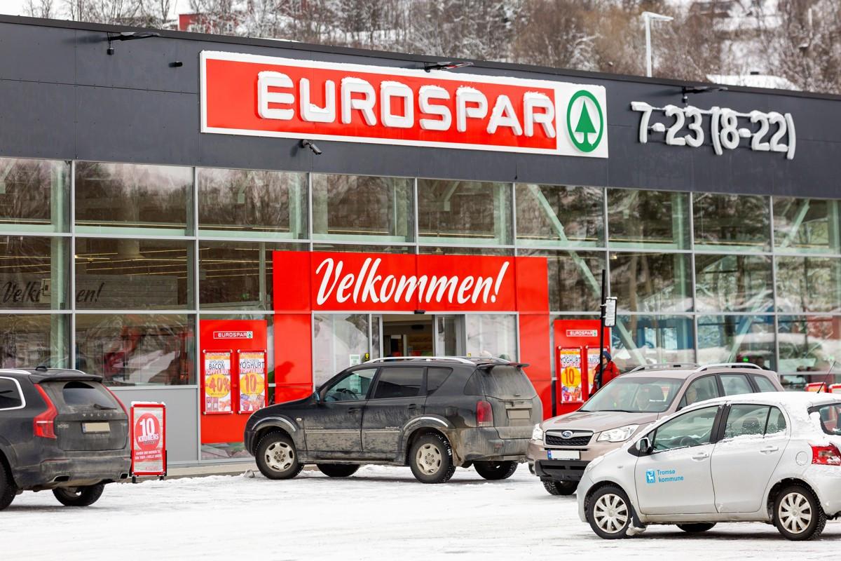 Umiddelbar nærhet til Eurospar med et rikholdig utvalg og egen varm/ferskvaredisk