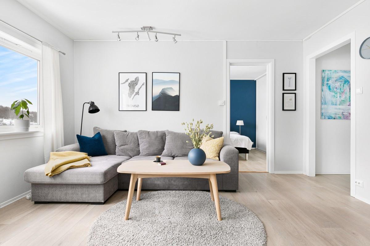 Moderne leilighet med sentral beliggenhet!