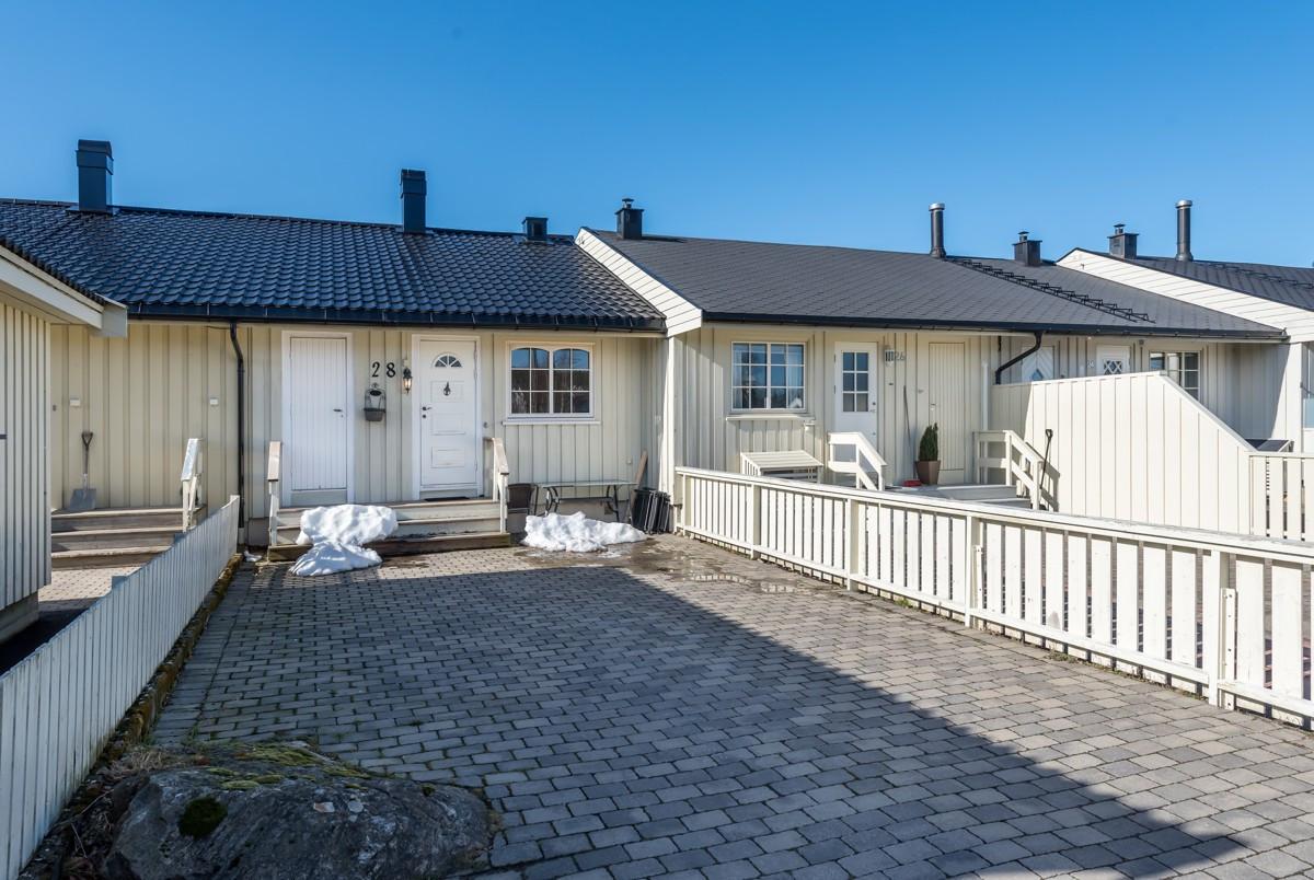 Rekkehus - arendal - 1 400 000,- - Meglerhuset & Partners